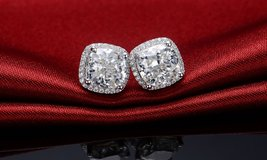 ***BRAND NEW***BEAUTIFUL 3 1/2 CT's CUSHION CUT Earrings*** in Kingwood, Texas
