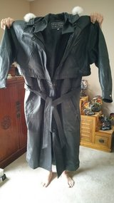 XL 100% Real Leather Coat in Fort Campbell, Kentucky