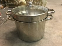 Stock pot with built in colander stainless steel in Cherry Point, North Carolina