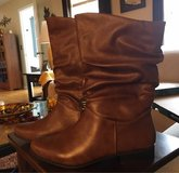 10M New Women's Boots in Aurora, Illinois