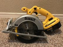 Dewalt Saw and Battery in Fort Bliss, Texas