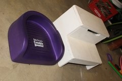 child's step stool & booster seat in Elgin, Illinois