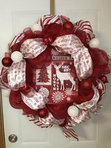 red and white holiday wreath in Morris, Illinois