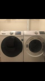 Samsung smart he large capacity washer and dryer in Elizabethtown, Kentucky