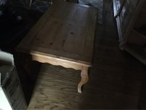 Coffee Table Honey Pine in Fort Campbell, Kentucky