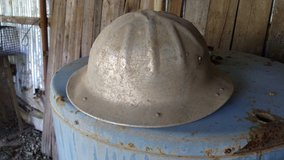 2 Aluminum Hard Hats in Alamogordo, New Mexico