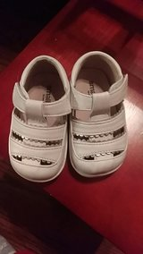 Smaller by See Kai Run Baby Shoes Size 4.5 in Lockport, Illinois