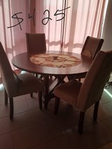 Round table w/4 chairs in Lackland AFB, Texas