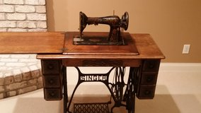 Singer Sewing Machine circa 1921 in Wheaton, Illinois
