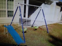 Swing set in Summerville, South Carolina