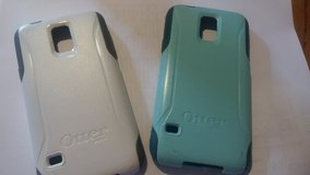 2 otter box cases with charging cable and screen protector for galaxy 5 in Westmont, Illinois