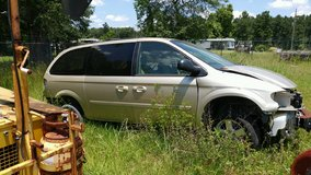 2005 chrysler van in Beaumont, Texas