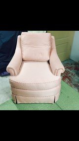 comfy chair in New Lenox, Illinois