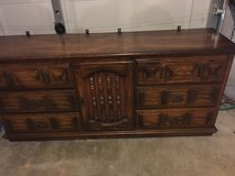 9 draw dresser and mirror in Fort Campbell, Kentucky