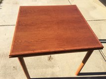 Expandable Hardwood table w/ two leaves in Vacaville, California