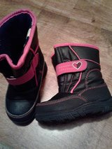 Girl's winter boots in Lawton, Oklahoma