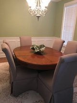6 dining room chairs only in Macon, Georgia