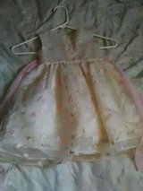 2t.girl dresses pick up only serious buyers in Dothan, Alabama
