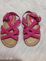 Pink Sandals sz 7 in Fort Campbell, Kentucky