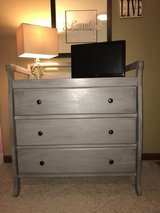 3 drawer dresser in Joliet, Illinois