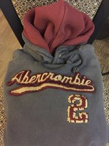 Hollister-Abercrombie JEANS and  Name Brand Clothing (girls-teen-woman sizes) in Quad Cities, Iowa