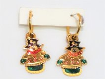 Gold Tone Christmas Snow Man Tree Holidays Red Green Earrings Drop Dangle Post in Houston, Texas