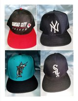 MLB hats/caps and Football Hats/Caps - in St. Louis, Missouri