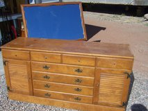 Ethan Allen Dresser with Mirror in Alamogordo, New Mexico