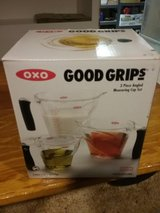 Measuring cups in New Lenox, Illinois