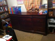 *REDUCED* DRESSER FOR SALE in Fort Riley, Kansas
