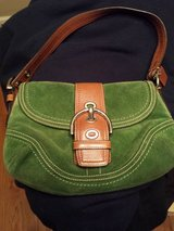 Coach Green suede and brown leather purse in Fort Campbell, Kentucky