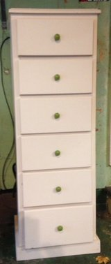 chest of drawers in Tinley Park, Illinois