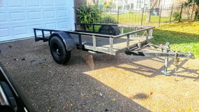 5.6' by 10' utility trailer with tilt in Pleasant View, Tennessee