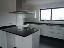 Modern Apartment with 2 BR/2.5 baths 10 min from Patch in Stuttgart, GE