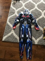 Optimus Prime costume 10/12 in Fort Knox, Kentucky