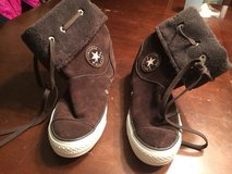 Women's 7 1/2 Brown Winter High Top Converse Shoes in Wheaton, Illinois