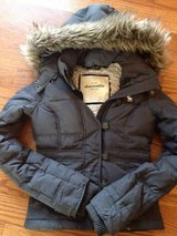 Abercrombie Coat Size S in Bartlett, Illinois