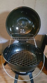 14.5 Portable Charcoal Grill..new never used in Fort Knox, Kentucky