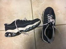 Women's gym shoes size 7 shoes Navy in Wheaton, Illinois