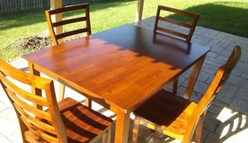 5 pc. Dining Set (Like New) in Westmont, Illinois