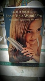 IONIC HAIR CONDITIONING BRUSH in Yorkville, Illinois
