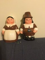 Thanksgiving 2001 Publix Pilgrims pair Salt Pepper Shakers small used in Okinawa, Japan