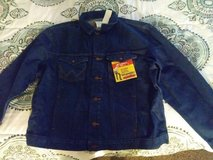 Mens  Brand New  Wrangler Jean Jacket  SZ 2XL in 29 Palms, California