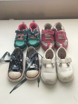 used toddler girl shoes 6/7 in Fort Leonard Wood, Missouri