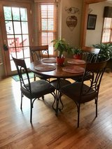 Dining Table in Palatine, Illinois