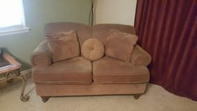LOVE SEAT in Warner Robins, Georgia
