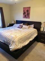 King bed in Sugar Grove, Illinois