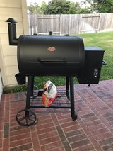 Char-Griller Pellet Grill in The Woodlands, Texas
