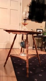 antique table in Hopkinsville, Kentucky