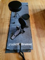 Simmons foot drum and stool with mat in Batavia, Illinois